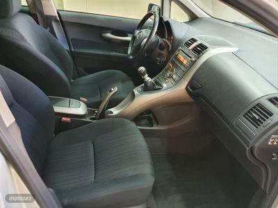 usado Toyota Auris 2.0 D4D Sol