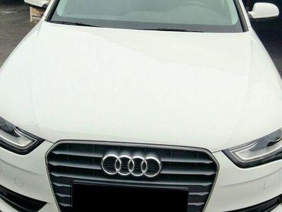 usado Audi A4 Avant 3.0TDI DPF S line edition 204