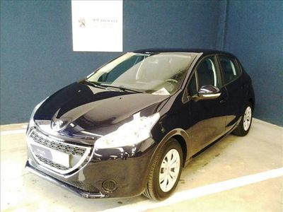 gebraucht Peugeot 208 1.4HDi Active