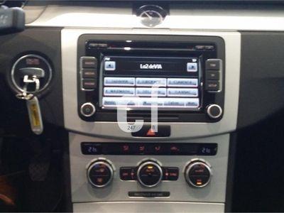 usado VW Passat 2.0 TDI 140cv Business Advance Navi BMT