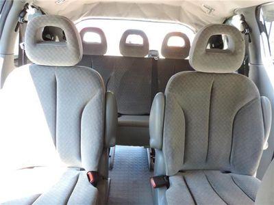 usado Chrysler Voyager 2.8 CRD LX Aut. CON 7 PLAZAS