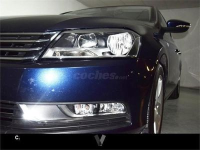 usado VW Passat 1.6 Tdi 105cv Bluemotion 4p. -12
