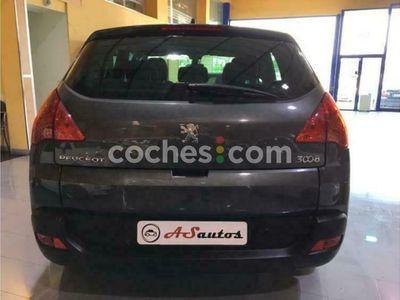 usado Peugeot 3008 1.6hdi Fap Confort 110 cv en Malaga