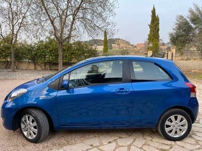 usado Toyota Yaris 1.3 VVT-i Connect Confortdrive