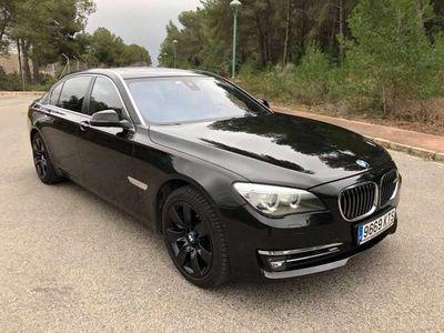 usado BMW 750L LdxDrive M50 Individual con tv y pantallas