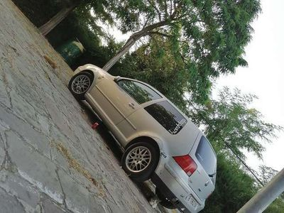 usado VW Golf GTI 1.8