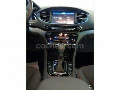 usado Hyundai Ioniq Hev 1.6 Gdi Klass 141 cv en Madrid