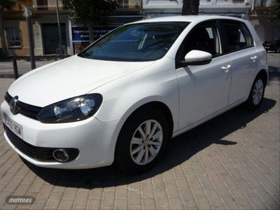 usado VW Golf 1.6 TDI 105cv BlueMotion