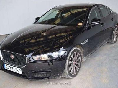 usado Jaguar XE 2.0 Diesel Mid 180cv Pure