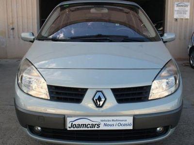 usado Renault Scénic año 2004 107790 KMs