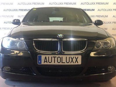 usado BMW 320 TOURING S-TRONIC XENON NAVEGADOR ASIENTOS CUERO