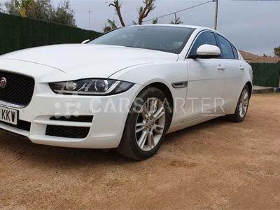 usado Jaguar XE 4p