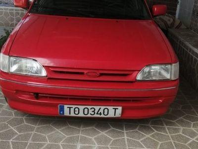 usado Ford Escort 1.8i 16v Ghia