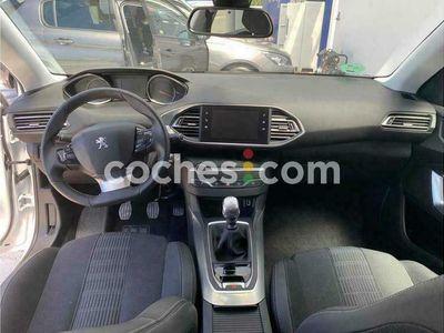 usado Peugeot 308 1.2 Puretech S&s Allure 130 130 cv en Valencia