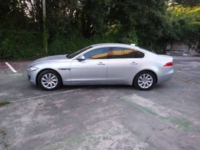 usado Jaguar XF 2.0i4D Pure Aut. 180