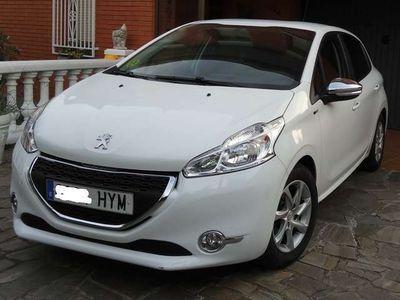 usado Peugeot 208 1.6e-HDi Style
