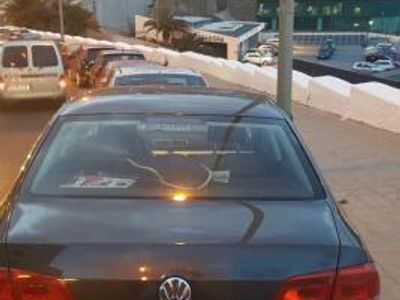 usado VW Passat 2.0 TDI 140cv Highline BlueMotion Tech -11