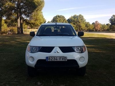 usado Mitsubishi L 200 2.5 DID Double Cab Intense