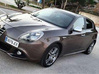 usado Alfa Romeo Giulietta 1.4 TB Collezione TCT 170