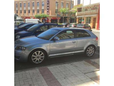 usado Audi A3 1.6 FSI Attraction