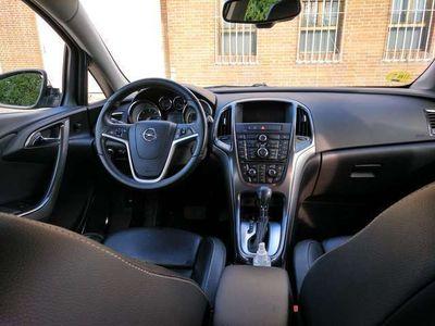 usado Opel Astra 2.0CDTI Cosmo Aut. 165