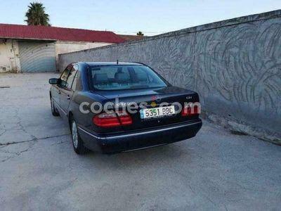 usado Mercedes E320 Clase ECdi Elegance 197 cv en Murcia