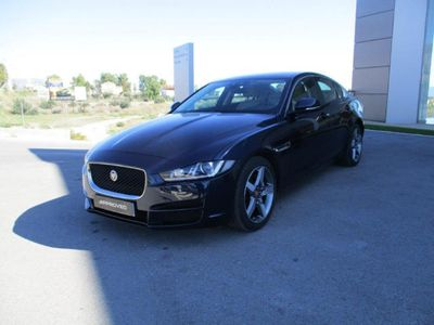 usado Jaguar XE 2.0 Diesel Pure Aut. 180
