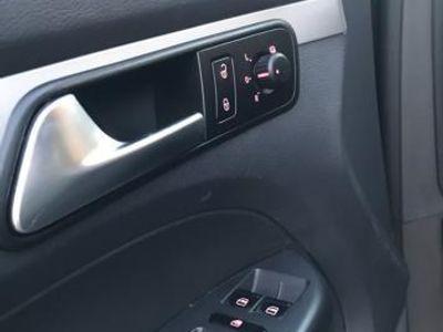 usado VW Touran 1.6 TDI 105cv DSG Edition Buemotion Tech -12