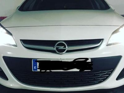 usado Opel Astra 1.4T Excellence