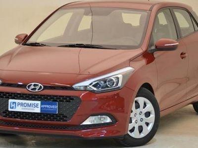usado Hyundai i20 2015 13644 KM a € 9890.00