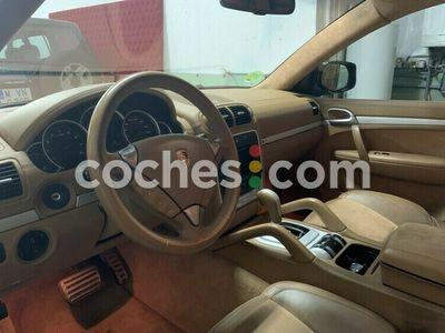 usado Porsche Cayenne GTS 405 cv en Madrid