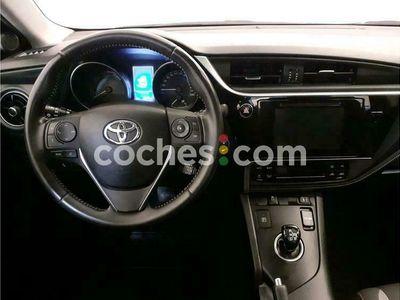 usado Toyota Auris Hybrid 140h Active 136 cv en Barcelona