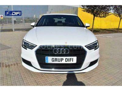 usado Audi A3 Sedán 30 Tfsi 85kw 116 cv en Barcelona