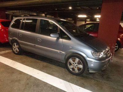 usado Opel Zafira 2.0Dti 16v Edición Especial