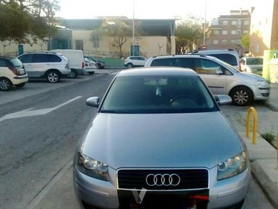 usado Audi A3 1.6 FSI Attraction -04
