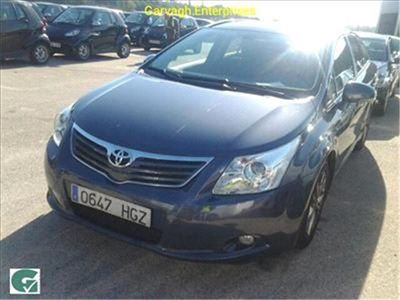 usado Toyota Avensis 2.2 D-4d Advance Cross Sport
