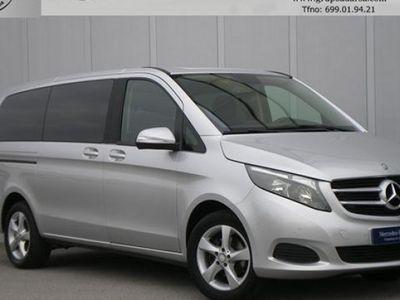 usado Mercedes V220 2015 42822 KMs € 30800.00