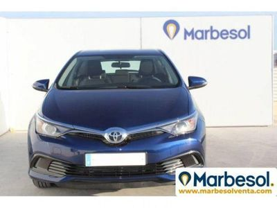 "used Toyota Auris ""1 4 90D Business"""