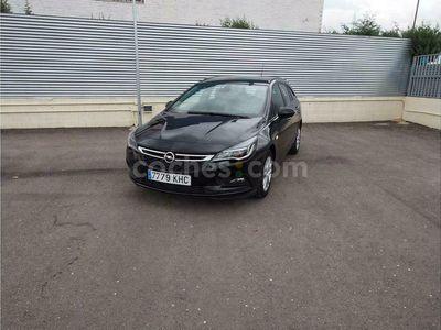 usado Opel Astra St 1.6cdti Business 110 110 cv en Madrid