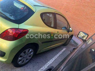 usado Peugeot 207 1.4hdi Confort 70 cv en Madrid