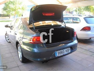 usado VW Passat 2.0TDI Business Edition 140cv como nuevo