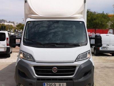 usado Fiat Ducato 35 2.3 Multijet 130cv Cabina Caja Medio