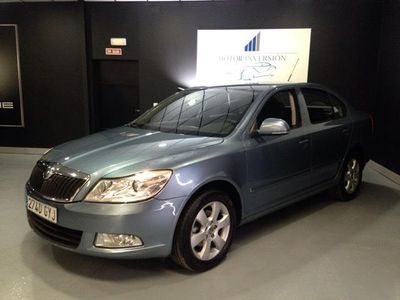 gebraucht Skoda Octavia 1.6 TDI 105cv Collection. Impecable