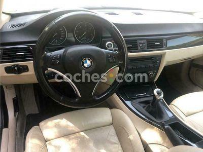 usado BMW 330 Serie 3 d Coupé 245 cv en Asturias