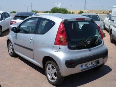 usado Peugeot 107 1.0i Trendy 68cv 3p. -11