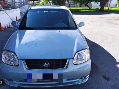 usado Hyundai Accent GL 1.5 CRDI 82 CV manual 5 puertas