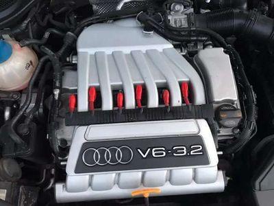 usado Audi TT Roadster 3.2 quattro