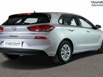 usado Hyundai i30 1.6 CRDI Essence 70 kW (95 CV)