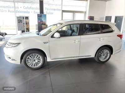 usado Mitsubishi Outlander 2.4 PHEV Kaiteki Auto 4WD