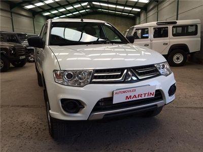 gebraucht Mitsubishi L200 en venta, 4 puertas